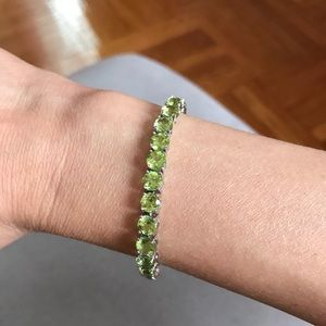 Jewelry - Semi precious peridot bracelet